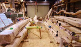 自然素材、赤松梁、熟練大工、墨付け、手刻み、木組み、吹き抜け、木造住宅9,26