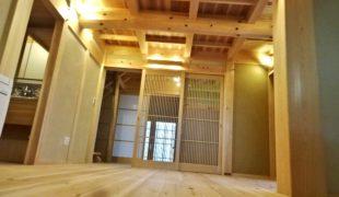 自然素材、熟練職人、墨付け手刻み木組み創る健康木造住宅11,14